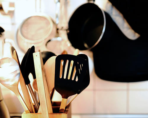 Немецкие слова на тему посуда, столовые принадлежности